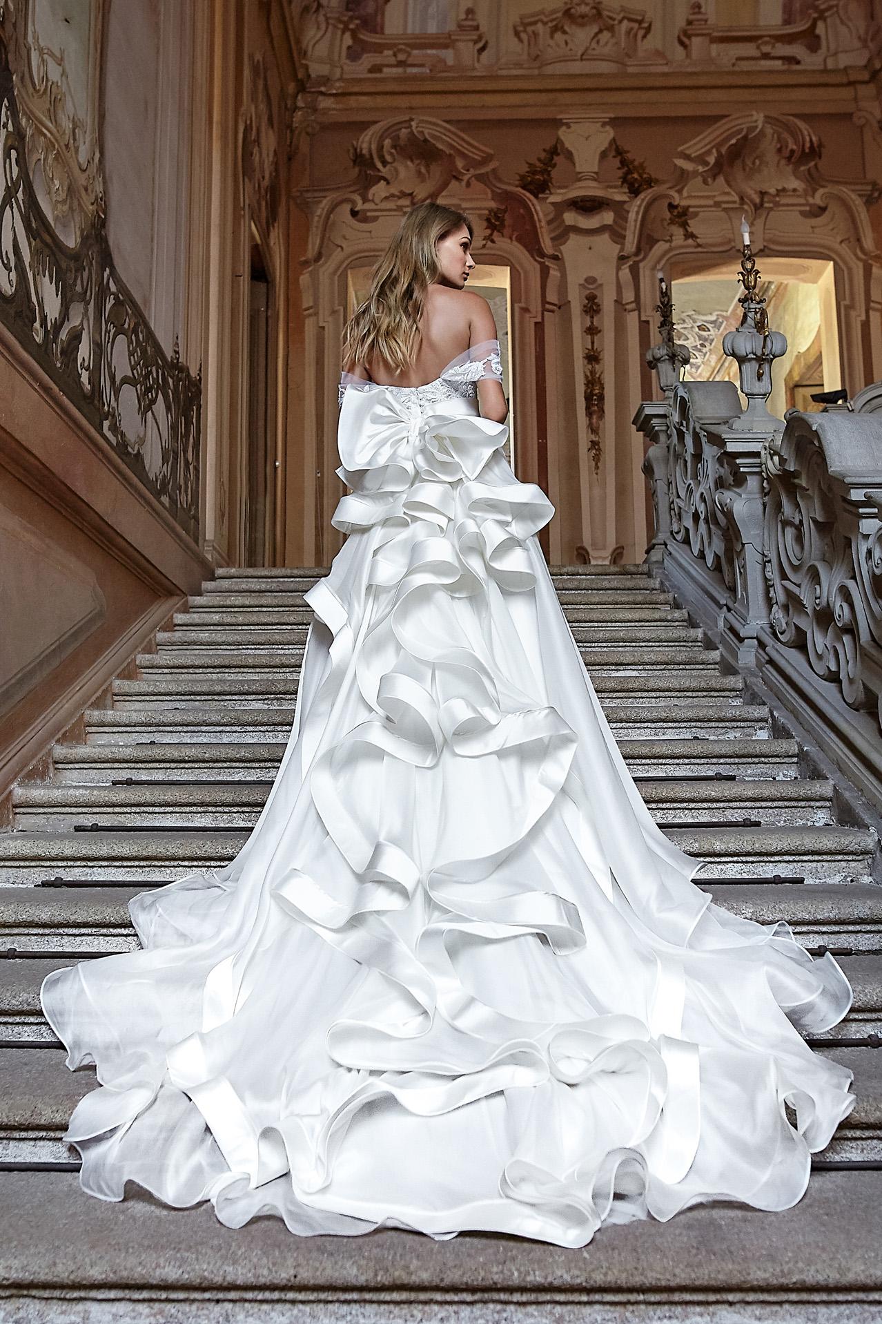 Gli abiti da sposa scultura per un matrimonio perfetto